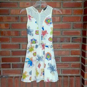 For love of lemons 🍋Xs mesh panel front dress
